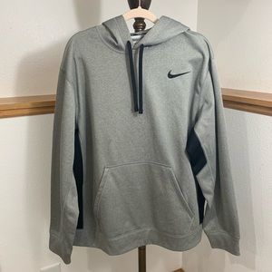 Nike Therma Fit X-Large Gray Hoodie